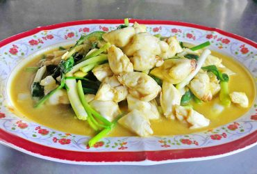 Stir-fried Blue Crabmeat with Curry Powder